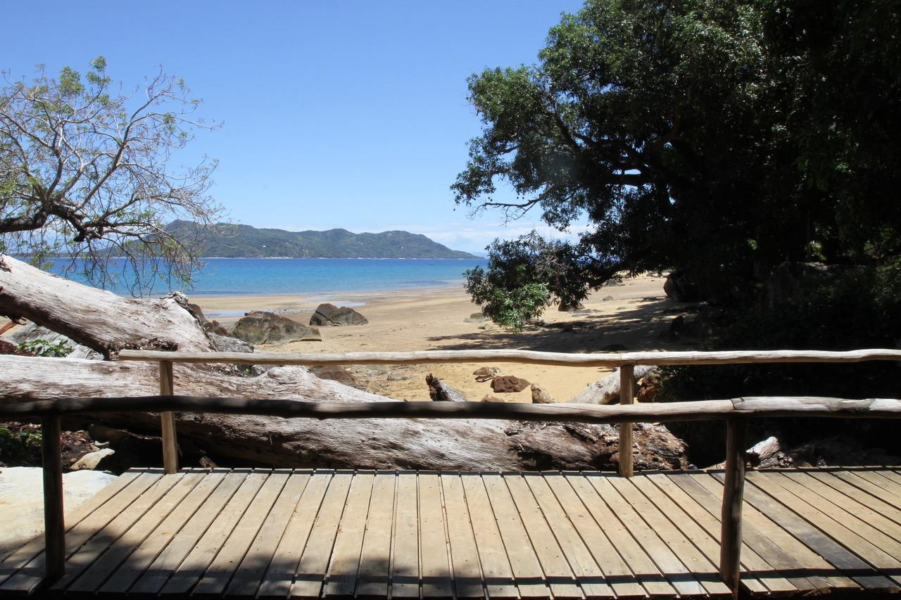 Le Domaine de Tahina est une maison d'hôte de luxe, un éco-lodge  sur Nosy Komba, dans le nord-ouest de Madagascar, ses plages et sa végétation luxuriante font d'elle un petit paradis
